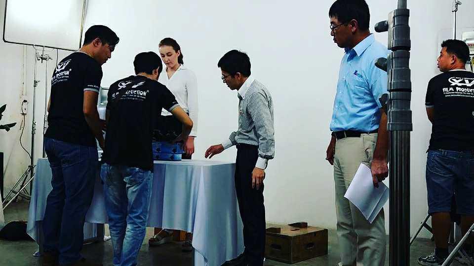 https://sanxuatphimtvcquangcao.com/wp-content/uploads/2017/11/lam-video-clip-quang-cao-san-pham-960x540.jpg